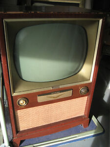 RCA VICTOR { THE BROKTON } T.V.