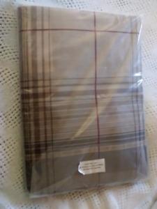 King bedskirt & shams NEW