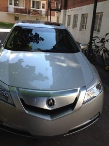 Acura TL 2011 one owner only 23500 km