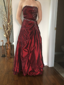 Prom Burgundy Ball Gown