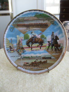 "ATTRACTIVE VINTAGE CALGARY STAMPEDE 8 1/4"" WALL-HANGING PLATE"