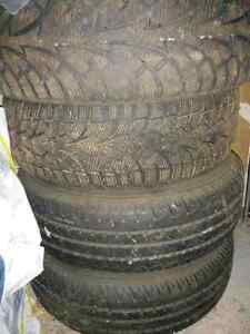 2 Winter Tires225/60/R16 and 2 all season tires with Honda Rims