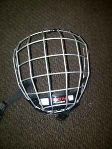 new CCM Face Shield size Large