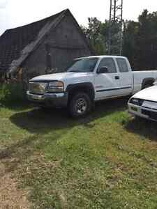 2004 GMC Other Pickup Truck