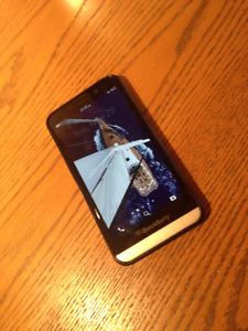 Blackberry Z30 - Excellent Condition - Except speaker