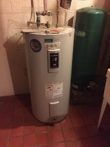 50 gallon electric hot water tank