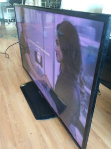 """60"""" SHARP AQUOS - LED SMART TV With NETFLIX & YOUTUBE Built in"""