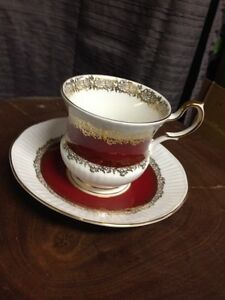 Tasse queen's rouge