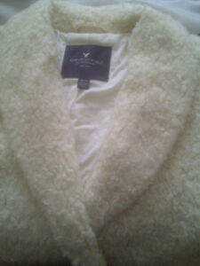 FAUX SHERLING/SHERPA AMERICAN EAGLE OUTFITTERS  SPRING FALL