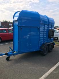Rice horse box bar/ catering trailer