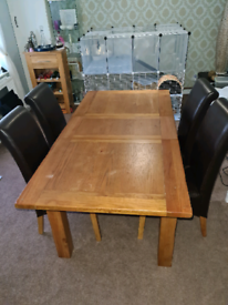 Solid oak dining table set from Harvey's - Toulouse range.
