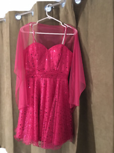 Beautiful dress size Small and Med for Pom, Wedding or any occas