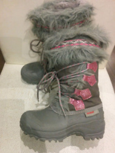 Little girls boots, like new condition