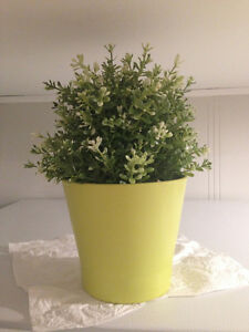 Moving Sale! - Fake grass, flowers, vases, flower pots