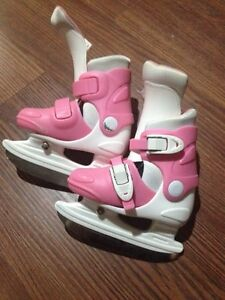 Girls Skates toddler size6J-9J