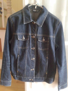 Manteau jeans small et chemise Tommy Hilfiger medium