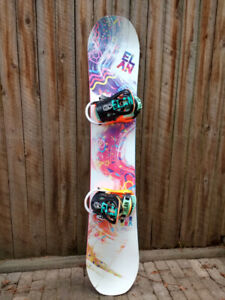 4010bbfbaa0b Elan 147 Snowboard with bindings - helmet +boots also available.