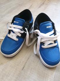 New Never Used Boys Sidewalks Shoes size Uk12