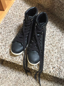 Steve Madden men's high top shoe