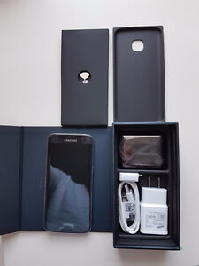 Brand new Samsung S7 32GB. Black. Opened just for photo.