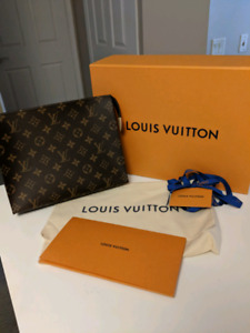 Authentic Louis Vuitton Toiletry Pouch 26. Brand new