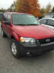 2005 Ford escape hybride
