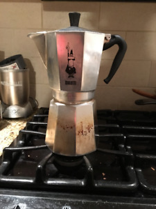 Bialetti 12-Cup Stovetop Espresso Maker with Patented Valve, Si