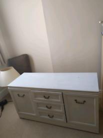 Rolling cupboard
