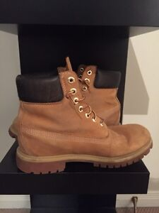 Size 7.5 timberland boots