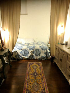 $800 - 1 bedroom in shared apartment in downtown Victoria