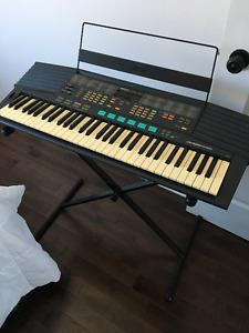Yamaha PSR 48 Keyboard