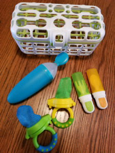 Baby feeding items