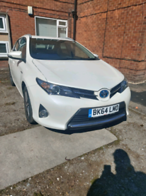 Toyota Auris in excellent condition with 2 keys and FSH