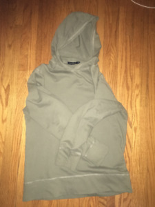 club monaco long sleeve hooded shirt