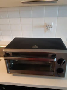 4-Slice Toaster Oven (very clean, almost new)