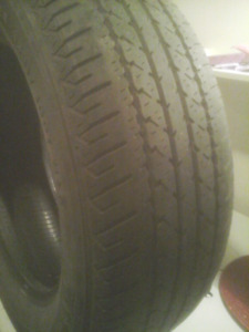 1 pneu ete 225/65R17 FIRESTONE enbonne condition