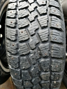 Snow tires on rims 215 70 15