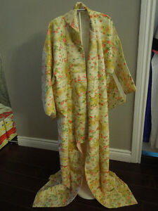 Vintage Japanese Kimono Female Made in Japan