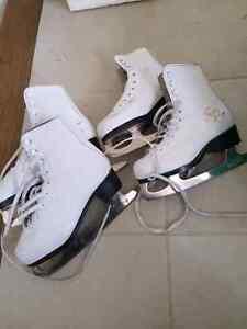 Girls kids iceskates skates white figure 11