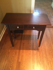 *** NICE HOME ENTRANCE TABLE FOR SALE***