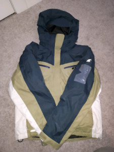 Womens or youths snow or ski jacket medium