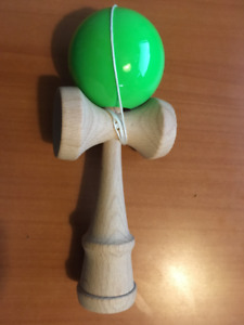 KENDAMA CLASSIC GREEN (Age 8+) Red Wagon Toys