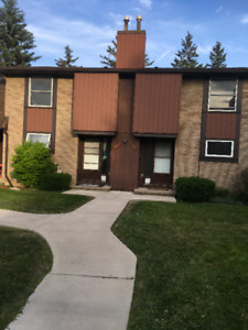 Townhouse for rent - $1,500