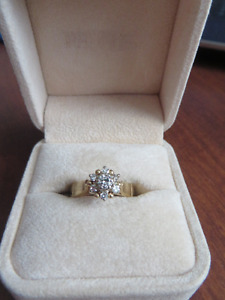 Ladies 14Kt. Yellow Gold Diamond Cluster Ring