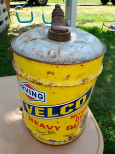 5 gallon vintage IRVING VELCO motor oil can vintage