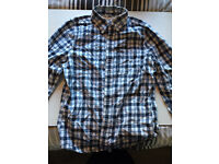 ABERCROMBIE & FITCH chequered blue/white shirt