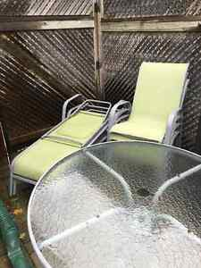 Patio set and lounge chairs   NEED GONE