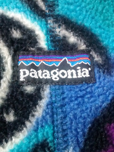 $25 Size 6M Patagonia Fleece Bunting Suit great condition