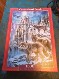 1500 piece jigsaw wolves and castle