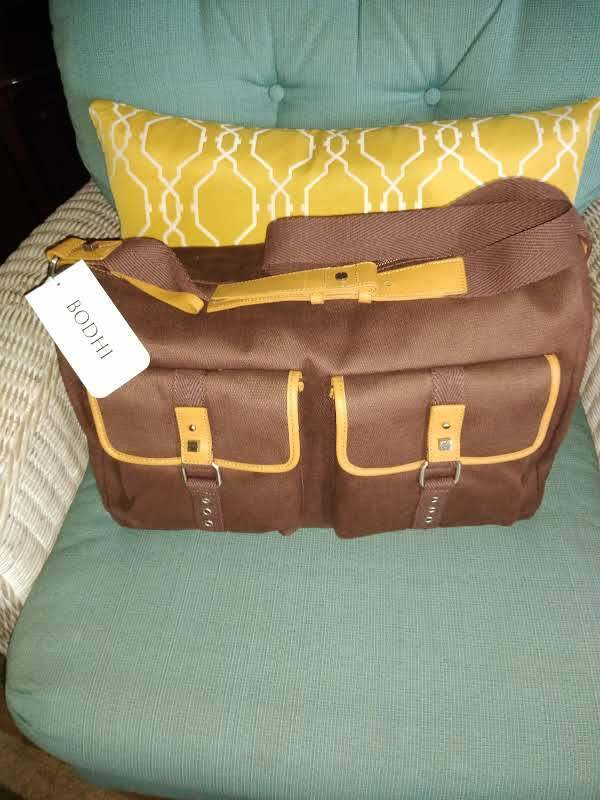 NNEW BODHI BROWN CANVAS DUFFLE BAG-17 INCH - $15.00